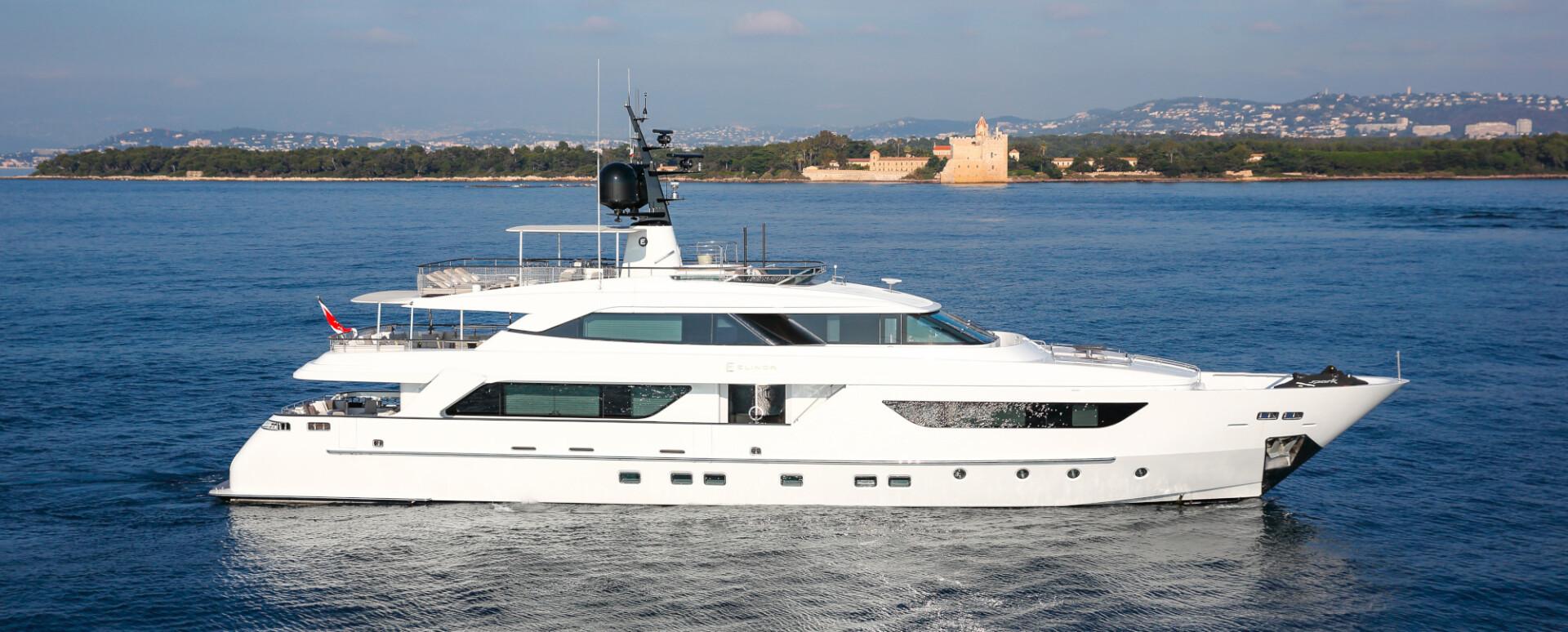 KK Superyachts announces the successful sale of 37m Sanlorenzo SD122' M/Y ELINOR.