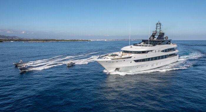 M/Y LUNA B also available for longer term Charters this season.