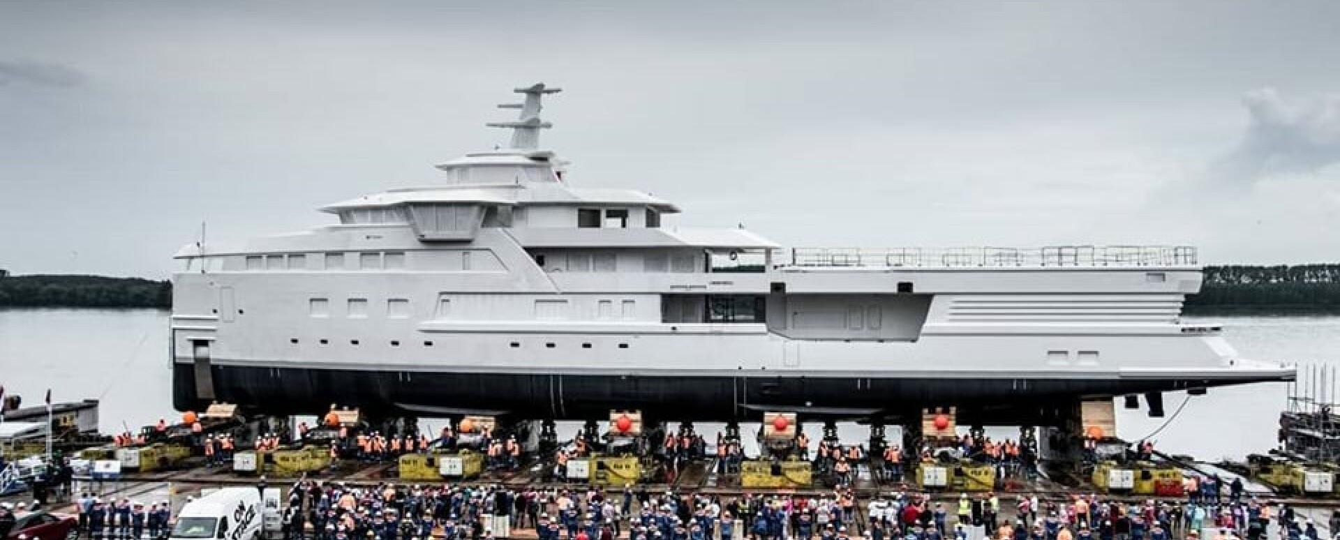 Damen launches hull of SeaXplorer 77 M/Y La Datcha