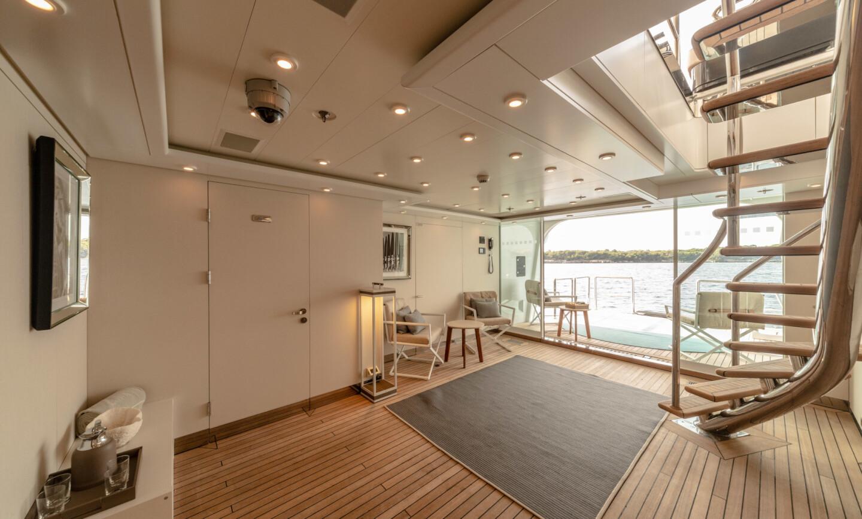 Luna B yacht for Sale 53