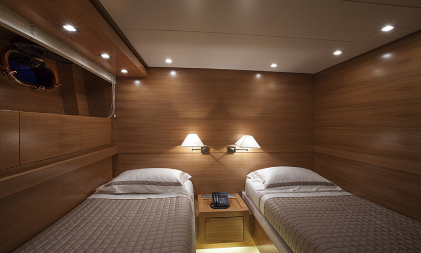 Sud yacht for Sale 18