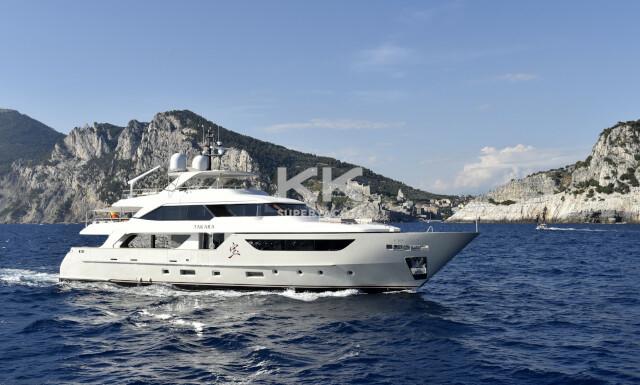 Takara yacht for Charter
