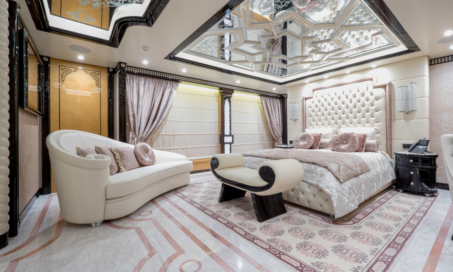 Elements yacht for Charter 4