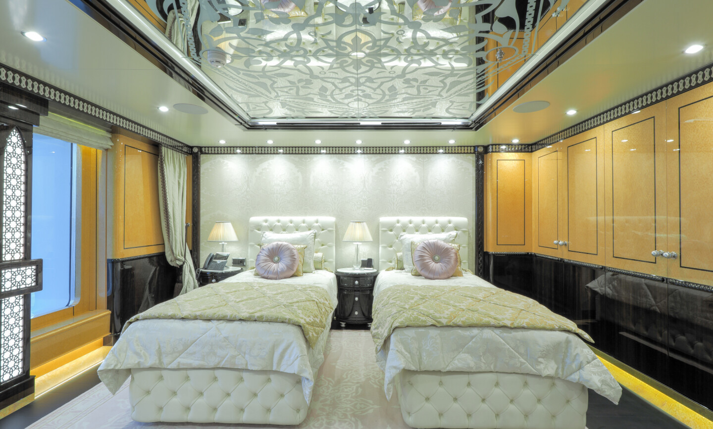 Elements yacht for Charter 7