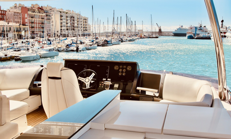 Aqua Chameleon yacht for Sale 4