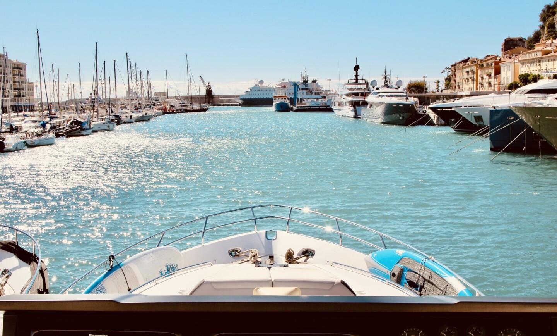 Aqua Chameleon yacht for Sale 3