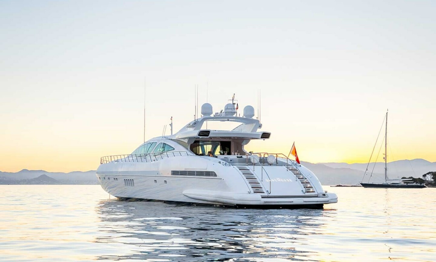 Beachouse yacht for Sale 6