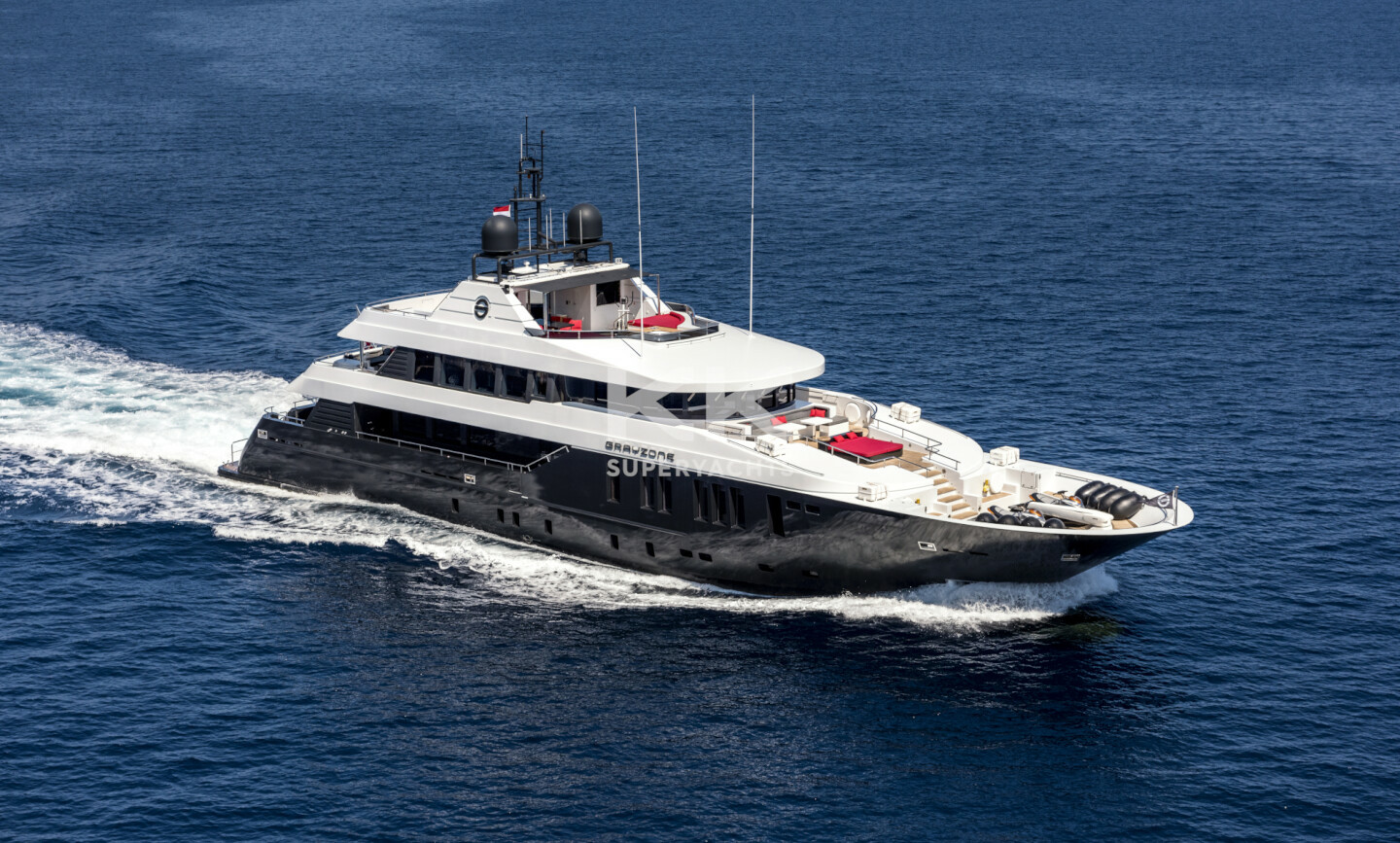 Grayzone yacht for Sale 4