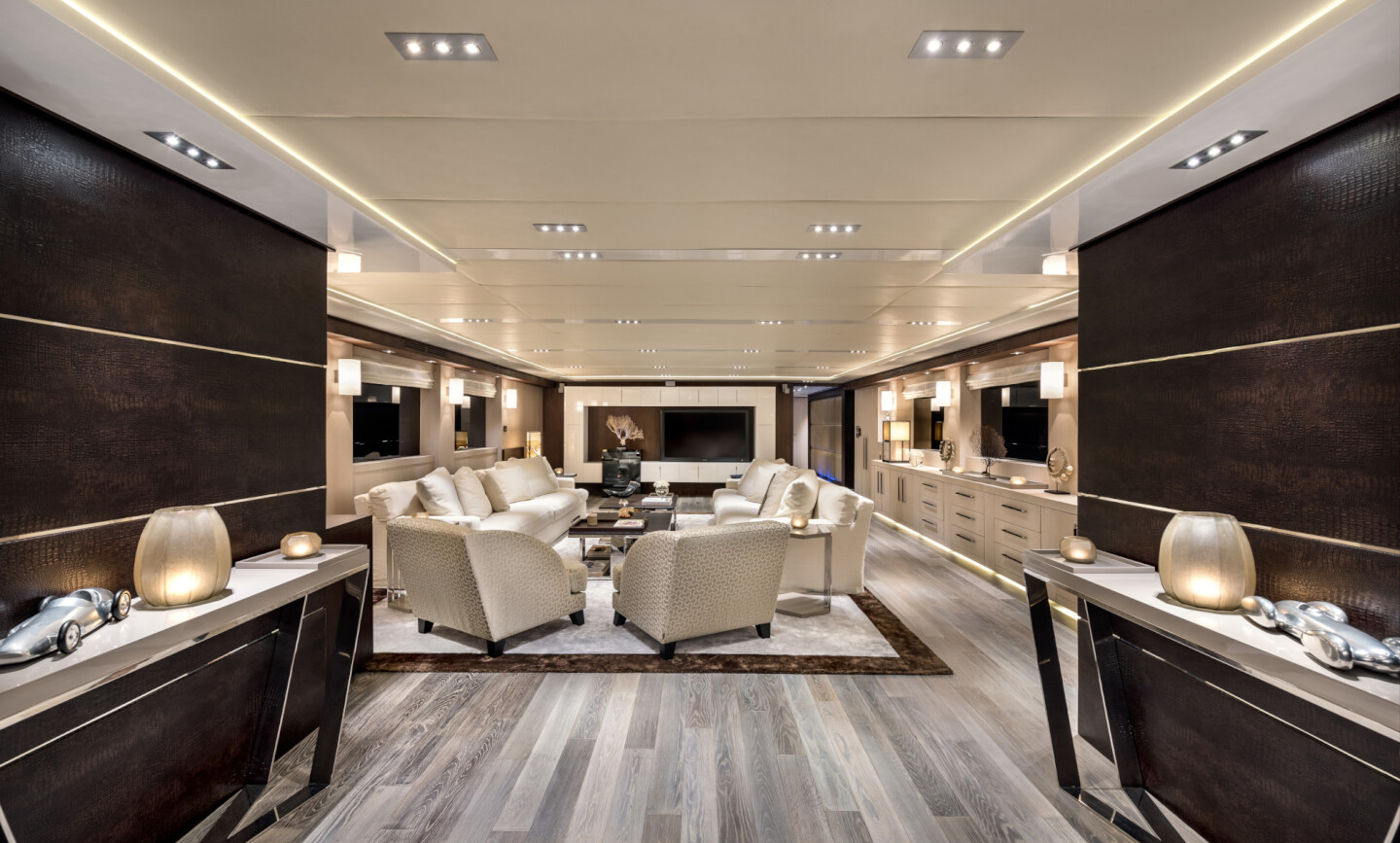 Grayzone yacht for Charter 11