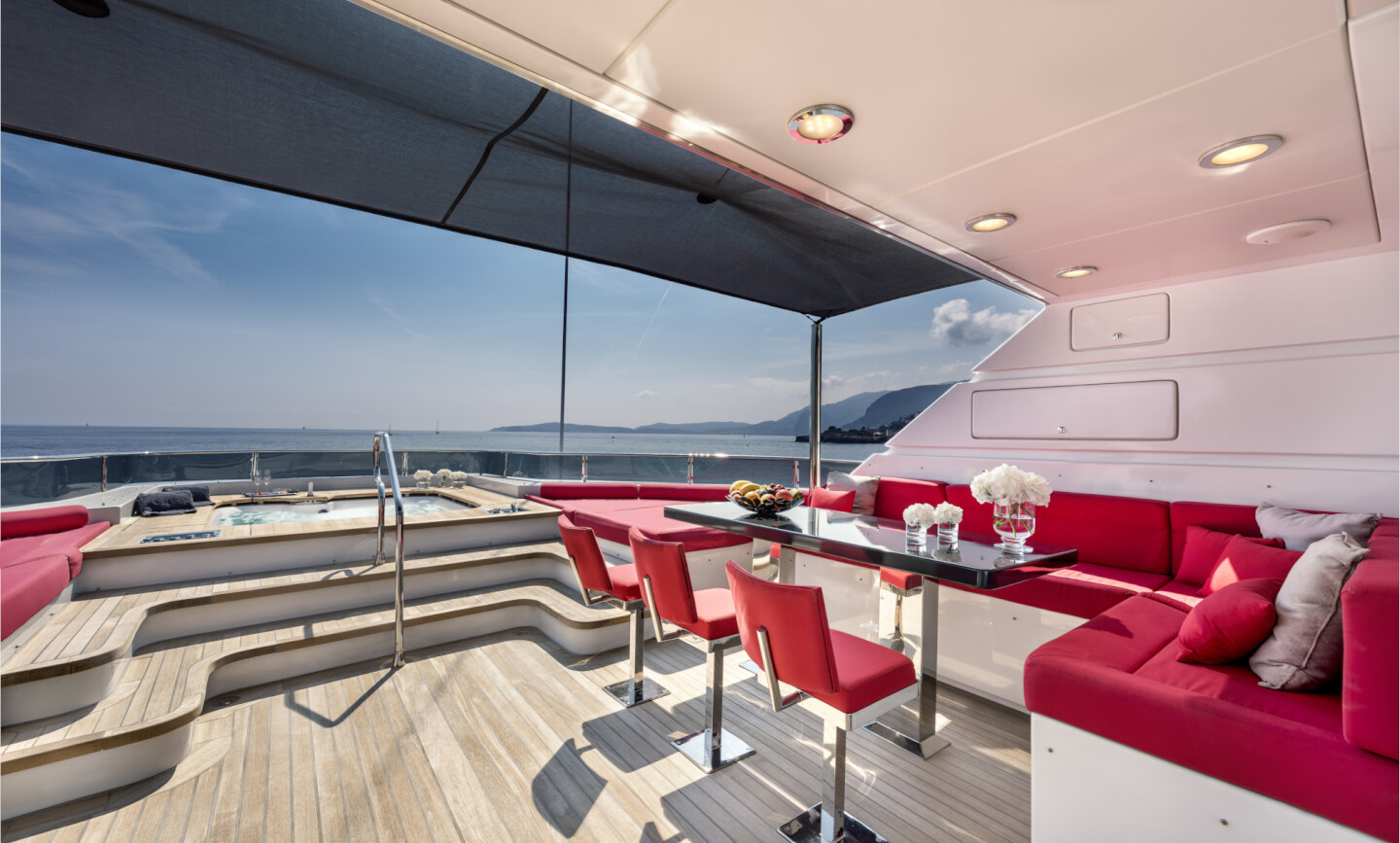 Grayzone yacht for Charter 6