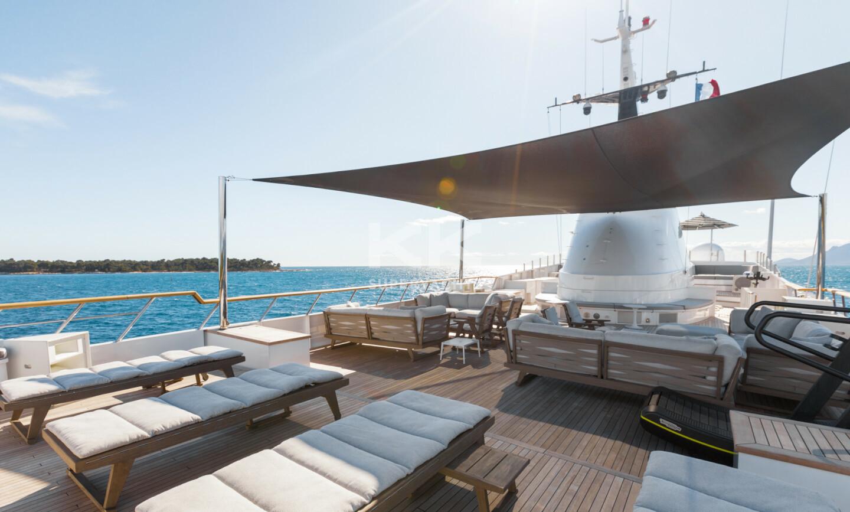 Sanoo yacht for Sale 17