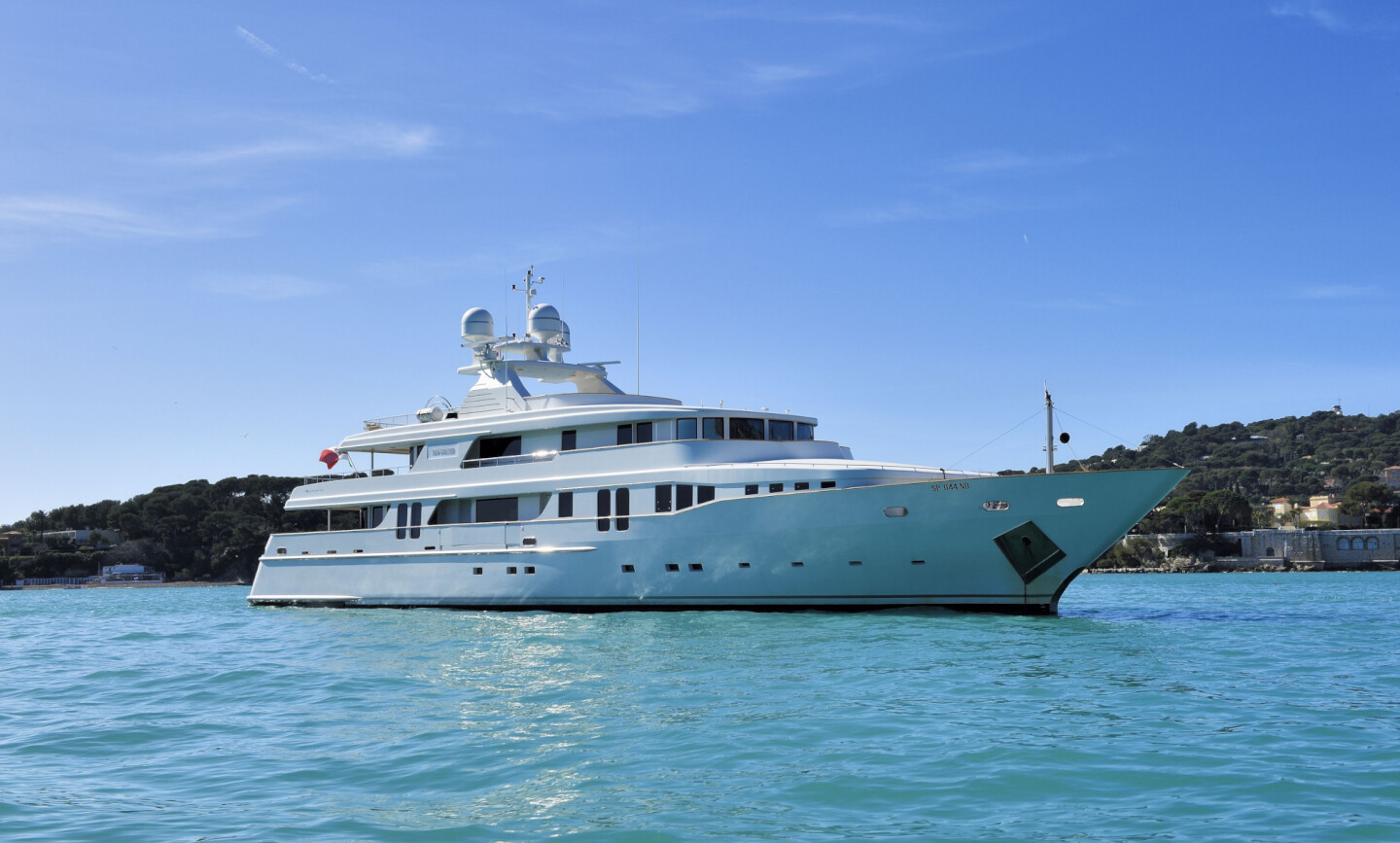 New Master yacht for Sale 2