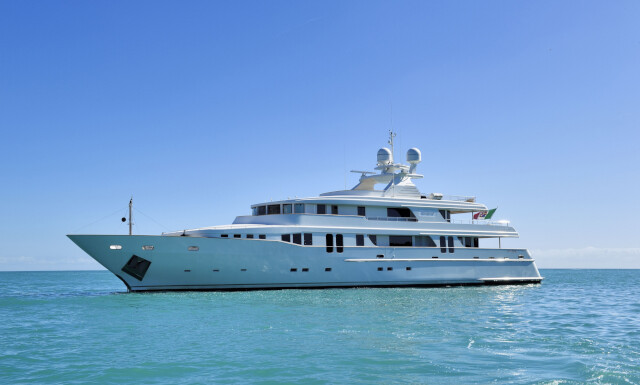New Master yacht for Sale