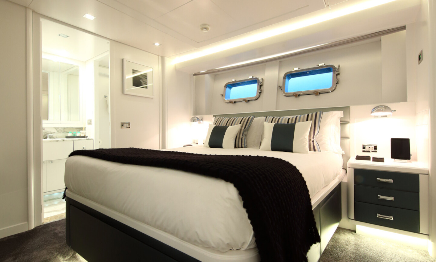 Elinor yacht for Sale 25