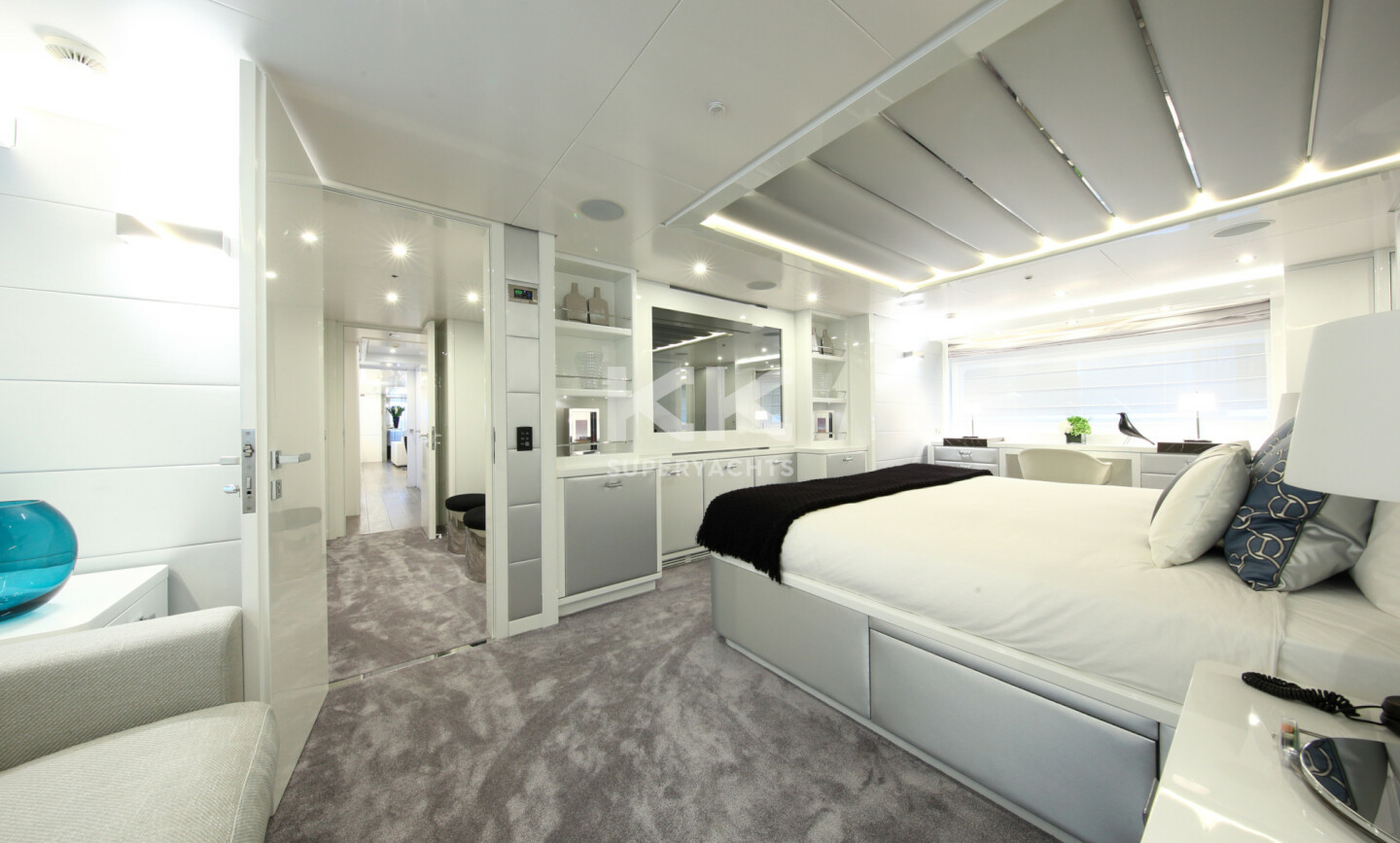 Elinor yacht for Charter 15