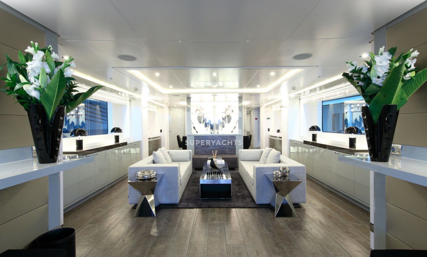 Elinor yacht for Charter 10