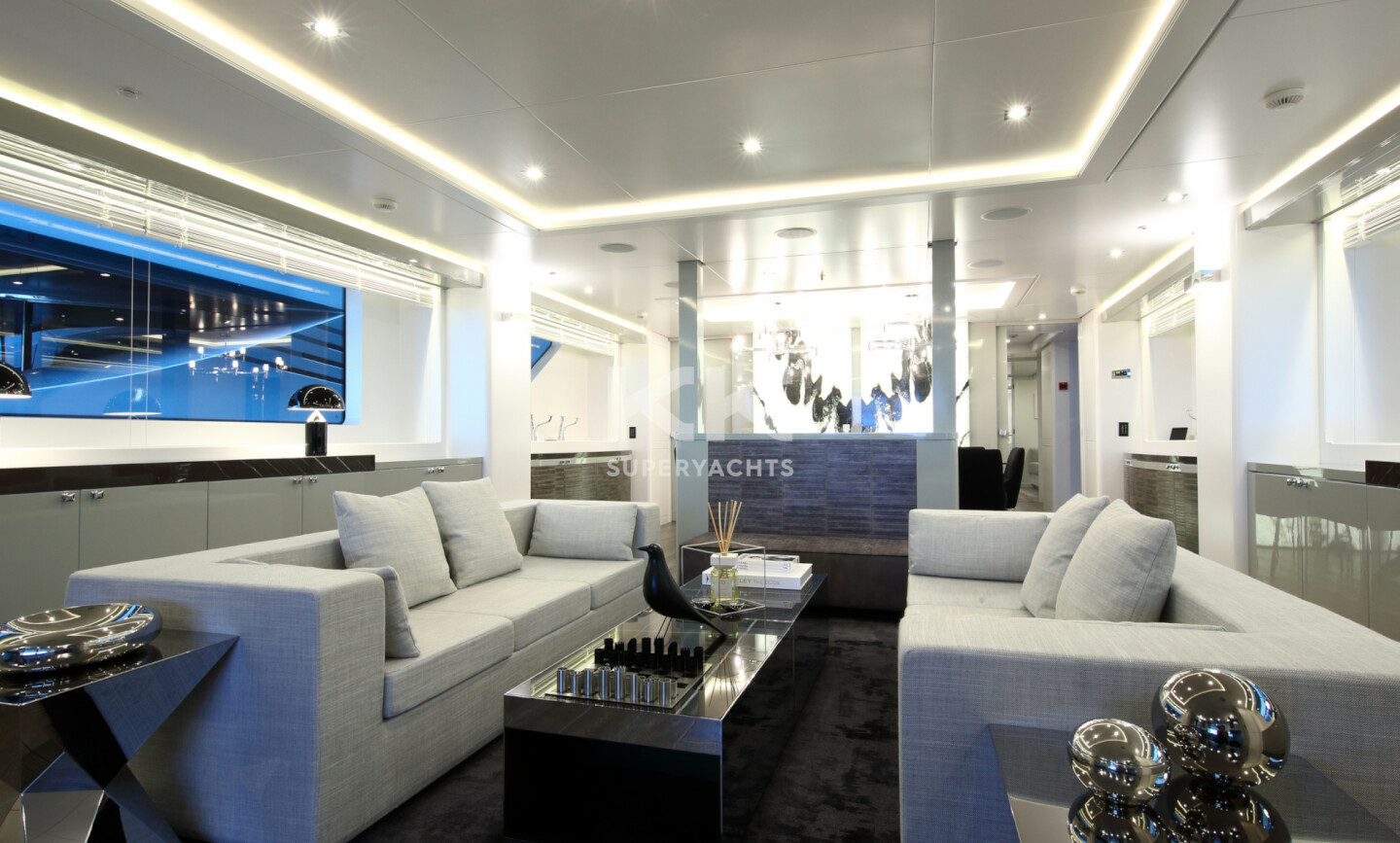 Elinor yacht for Charter 12