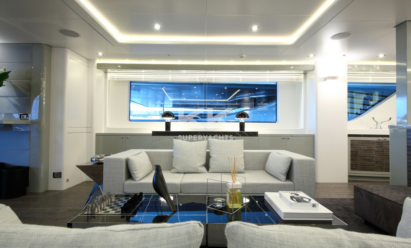 Elinor yacht for Charter 11