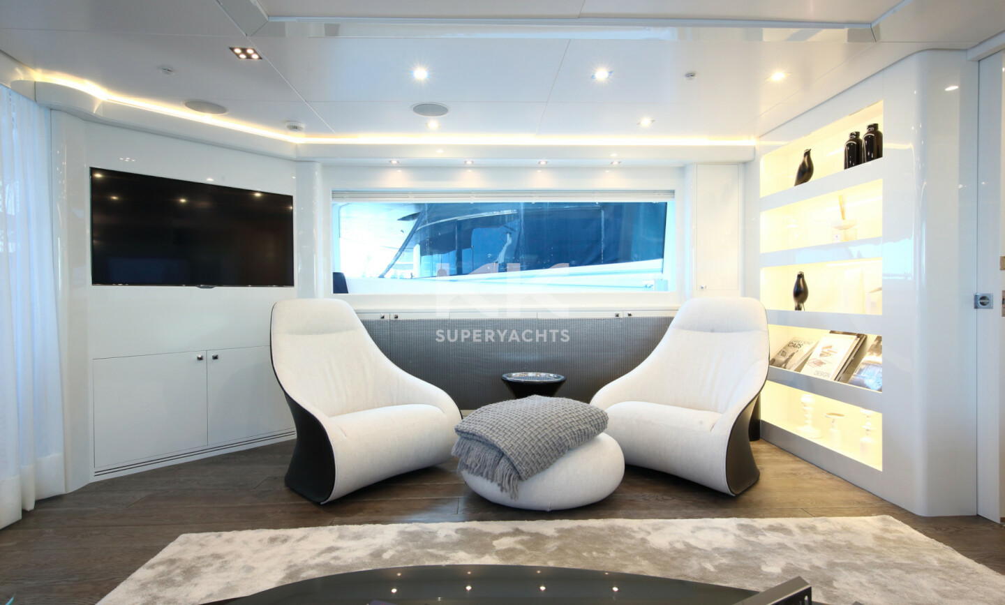 Elinor yacht for Charter 9