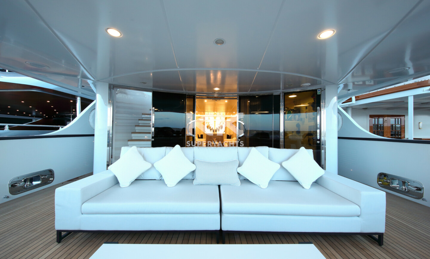 Elinor yacht for Charter 6