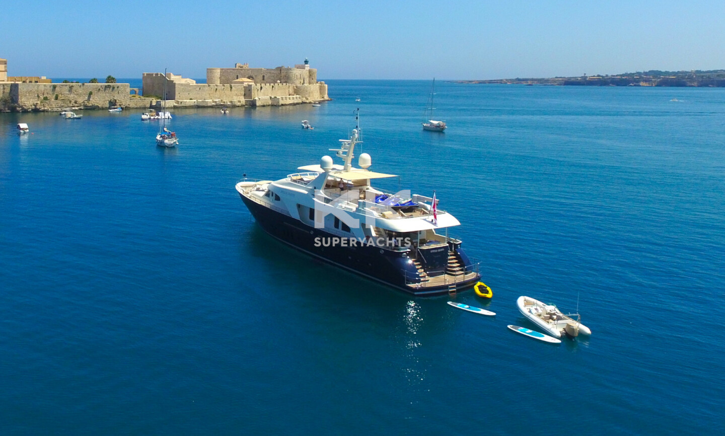 Etoile D'azur yacht for Charter 2