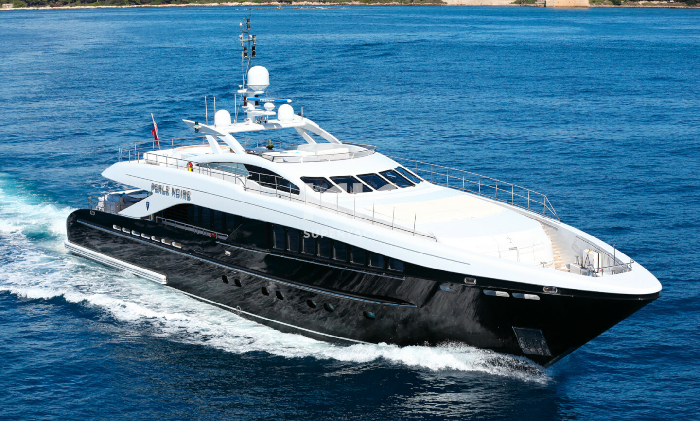 Perle Noire yacht for Sale 3