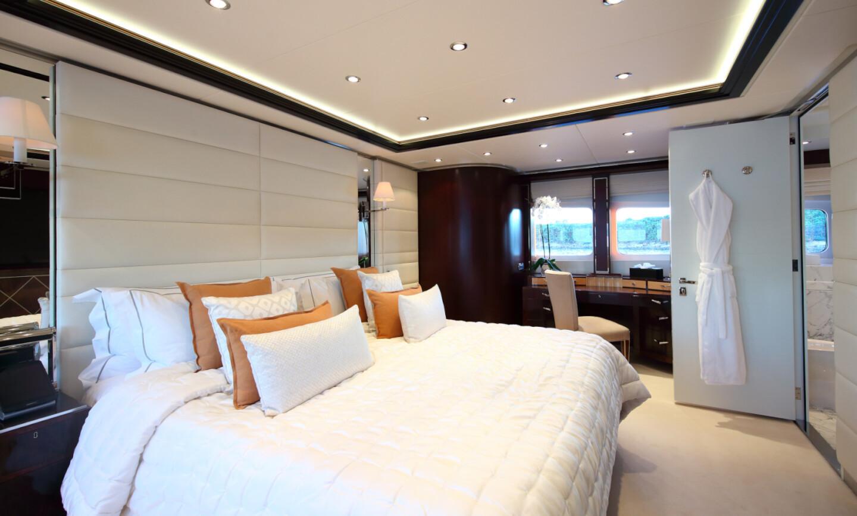 Perle Noire yacht for Sale 19