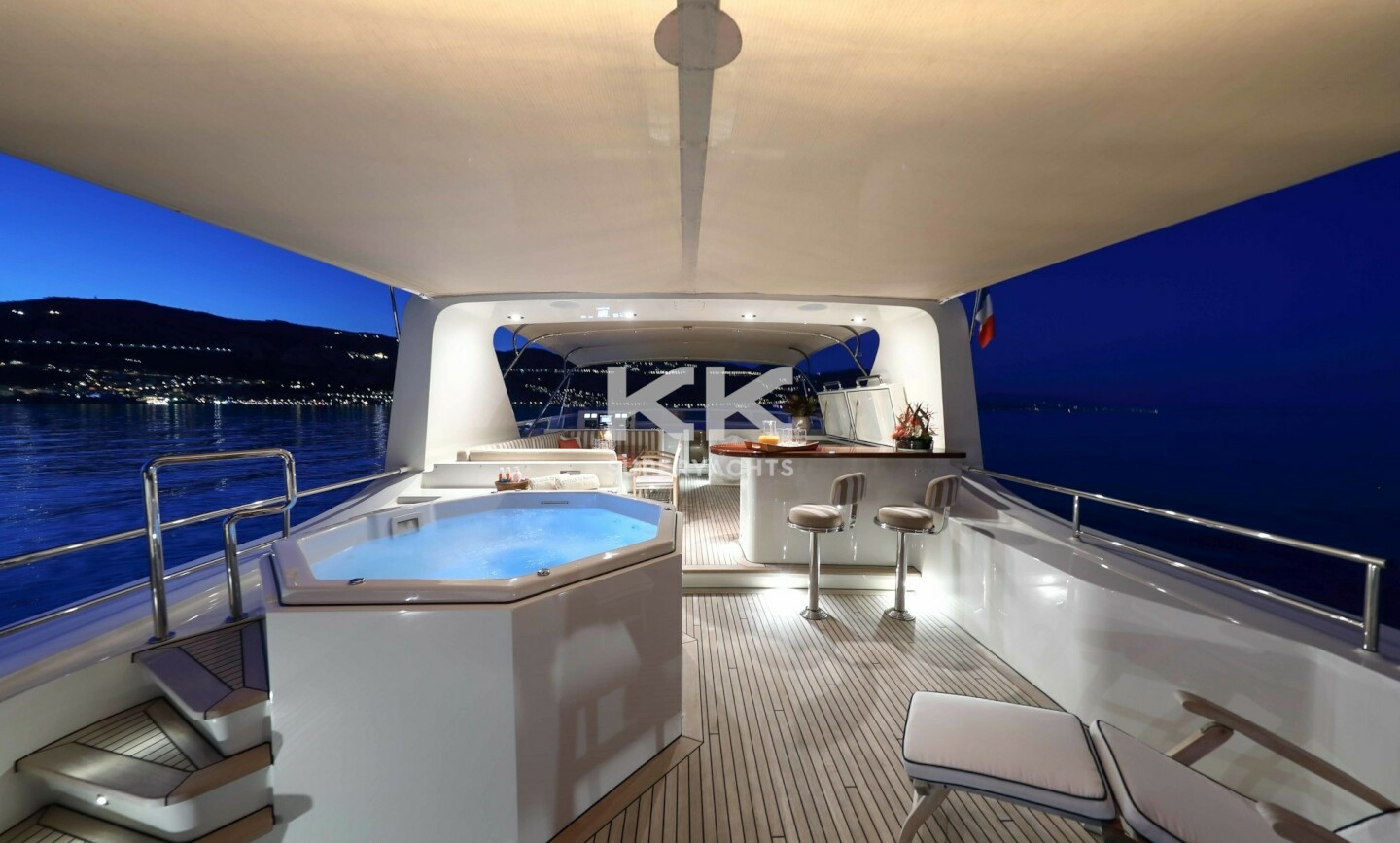 Etoile D'azur yacht for Charter 17