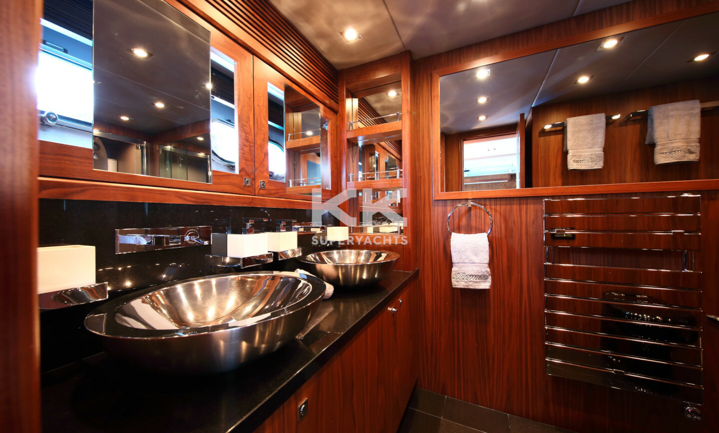 Iceman yacht for Sale 16