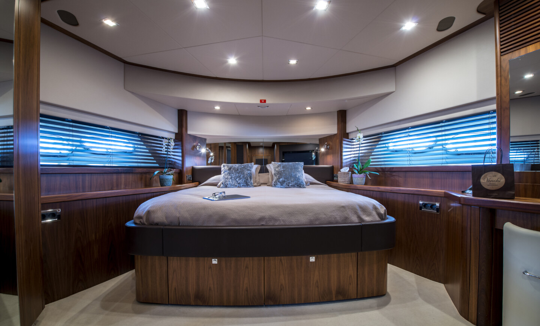 Georgina yacht for Charter 9