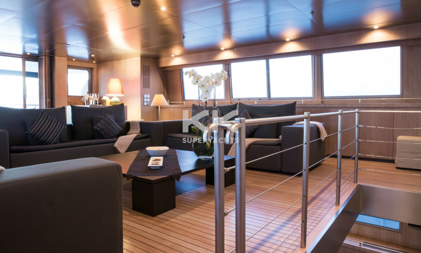 Mariu yacht for Charter 8