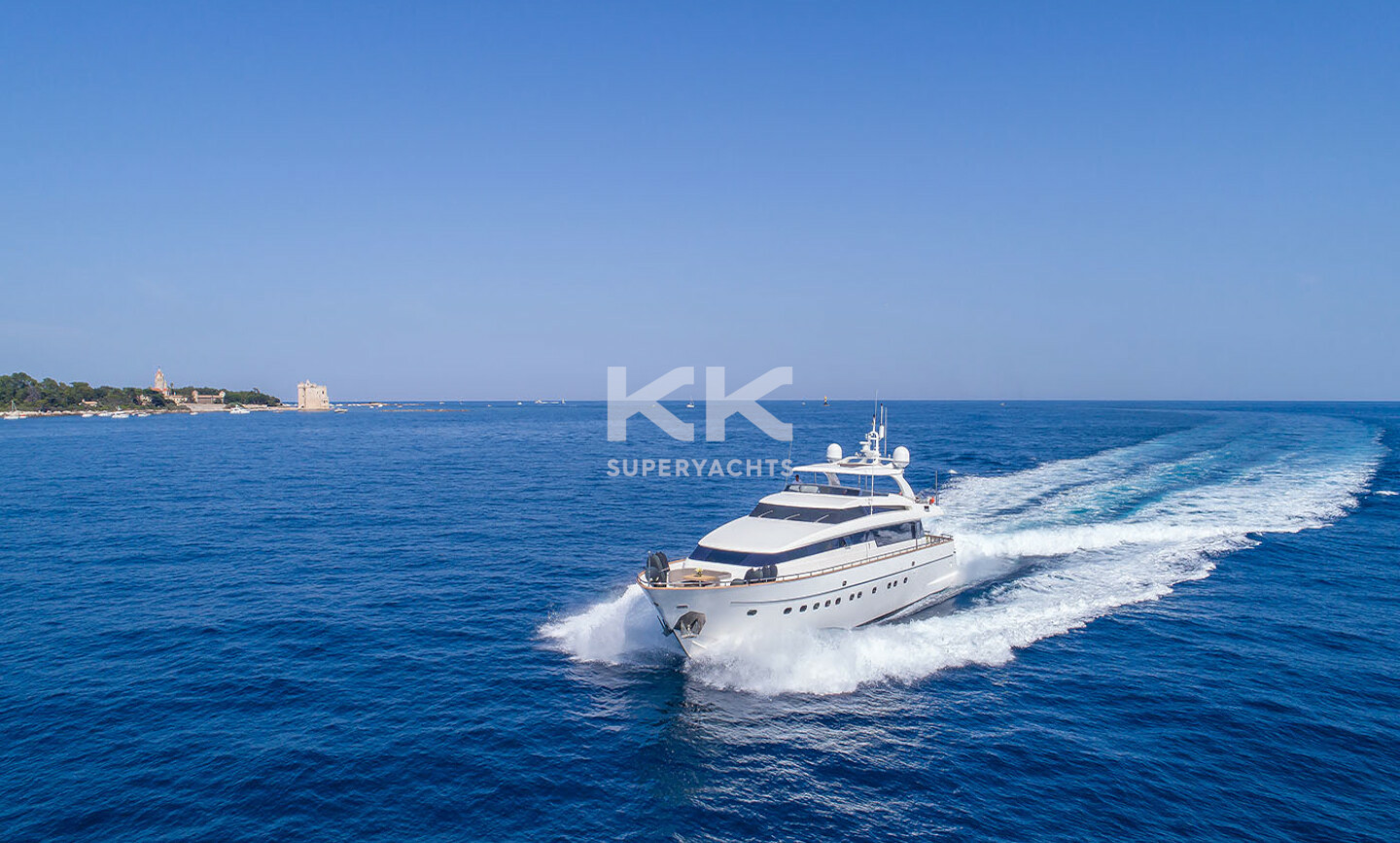 Sud yacht for Charter 2