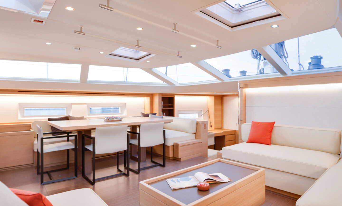 Crossbow yacht for Charter 5