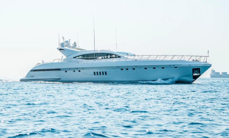 Yalla yacht for Charter